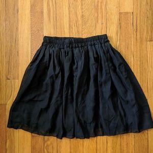 Dresses & Skirts - Black Mini Skirt M